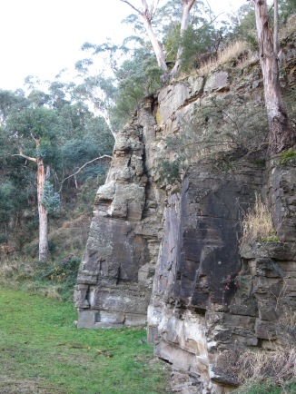 A wall of stone along the rivulet