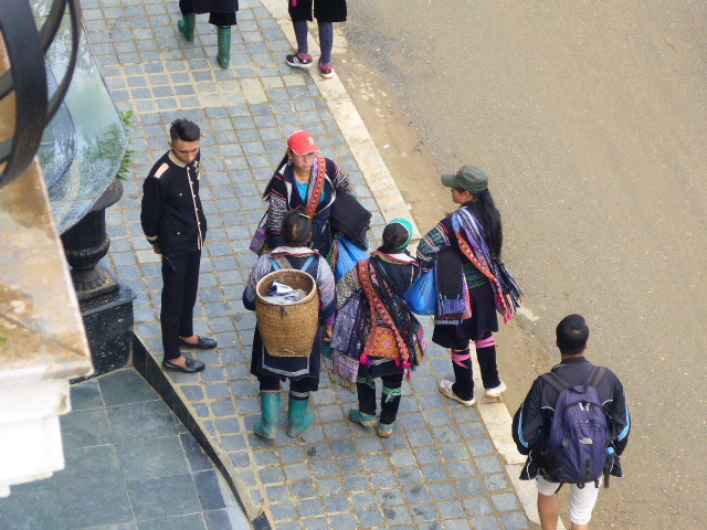 Local villagers selling souvenirs in Sapa